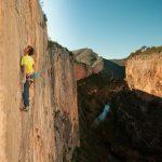 Becan escalando en Chulilla